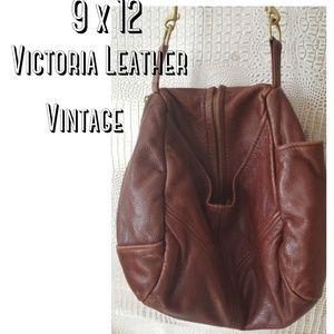Vintage Victoria leather crossbody bag soft